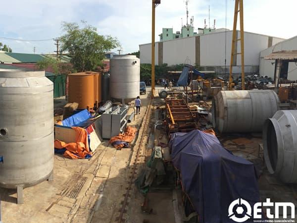 Gia công bồn lọc và bồn chứa dầu.