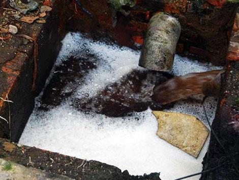 Xử lý nước thải sinh hoạt khu dân cư tập trung sử dụng bể vi sinh lắng kết hợp